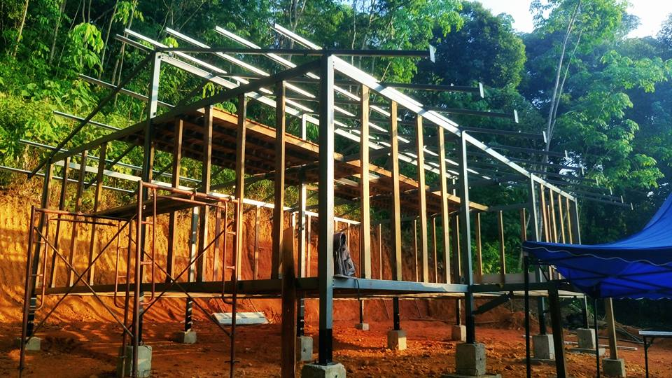 Jungle cabin steel frame structure in Malaysia